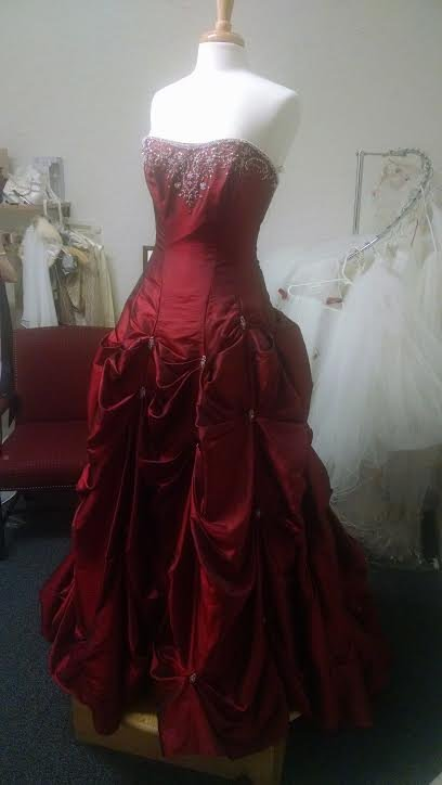 Alfred Angelo color Ruby Red size 10
