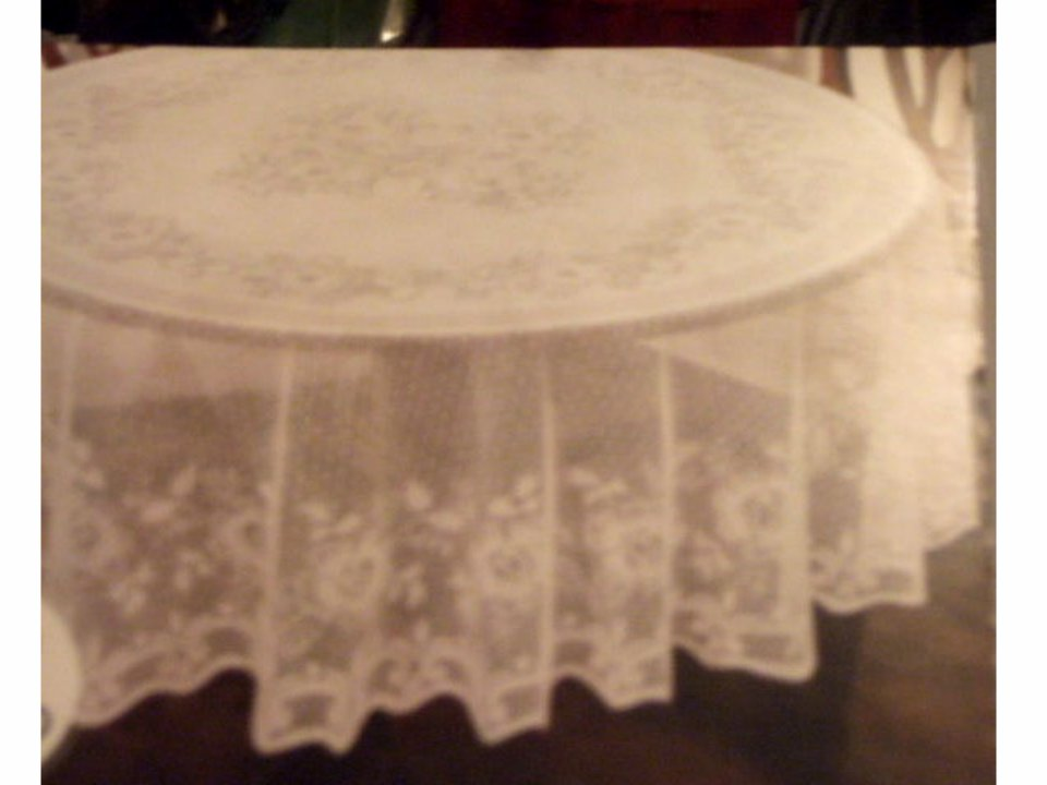 White Lace Floral Tablecloth Lichtenberg