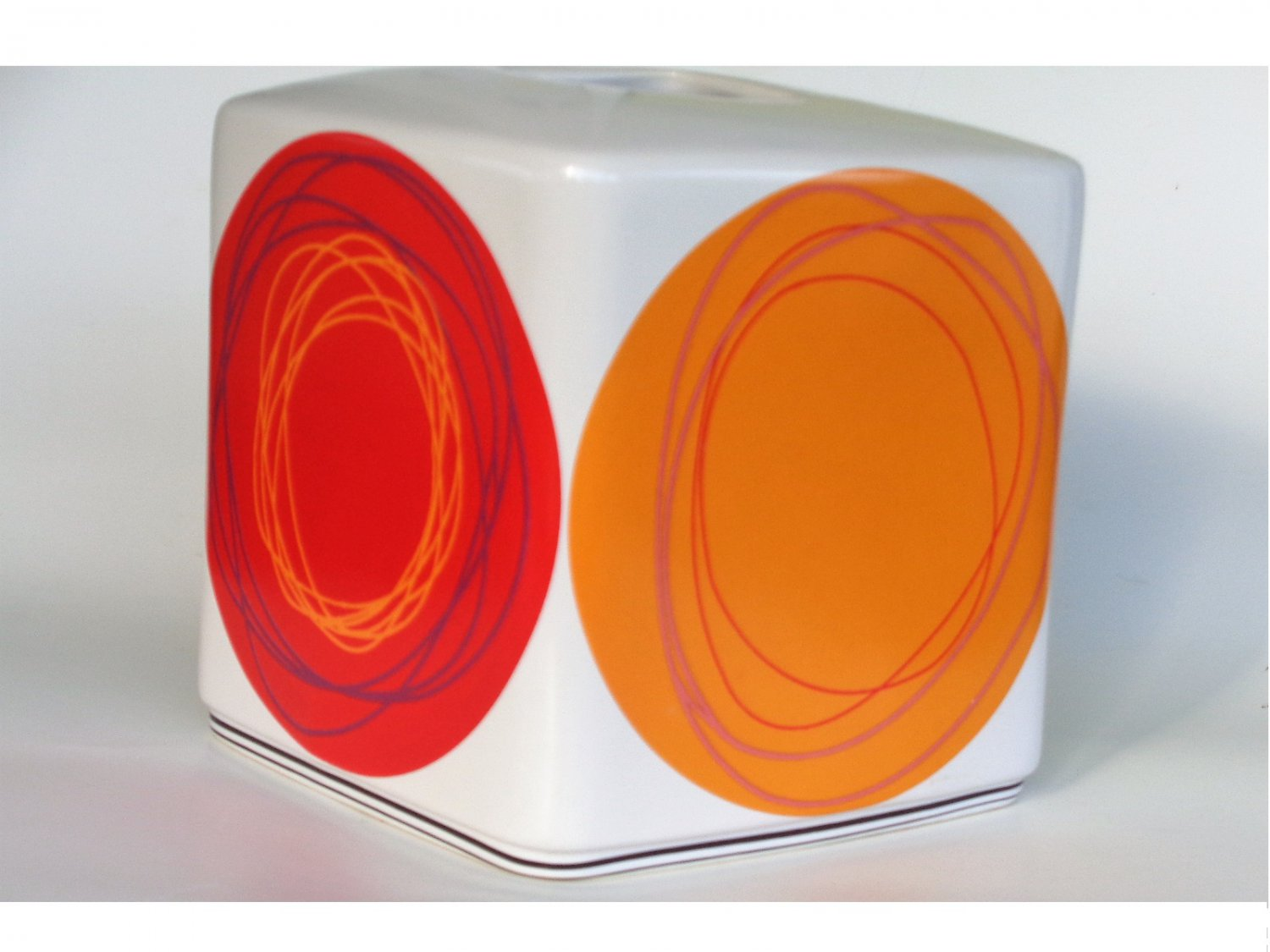 Dot Swirl Tissue Box Cover