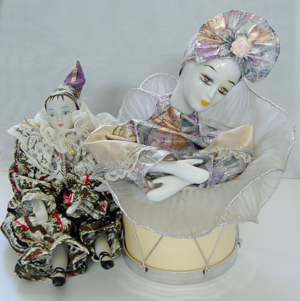 Vintage Musical Animated Doll - Porcelain and Crying Clown (lot of 2)