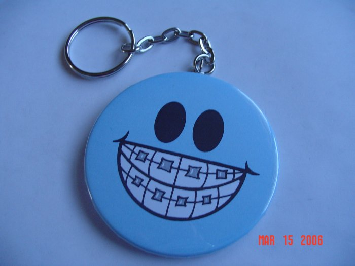 Smile face with Braces Keychain Humor Orthodontist Dentist