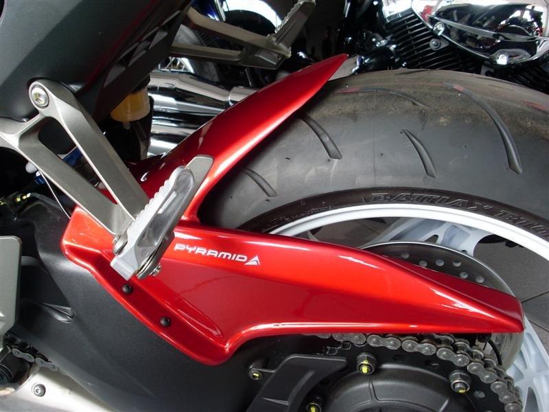 Honda CB1000R  (08-17) Hugger: Metallic Red 071001F