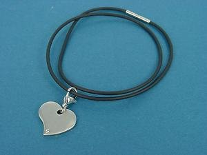 stainless steel heart pendant with Swarovski stone necklace in caoutchouc 353b