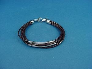 genuine leather bracelet with brown strings and s.steel mid plates and lock 541