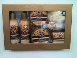 The Body Shop SPICED VANILLA Large Bath set - GIFT SETS - Body Butter