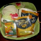 ELEGANT NEW GIFT BASKET - 2  LARGE MUGS & ASSORT COFFEE & TEA THE PERFECT GIFT!