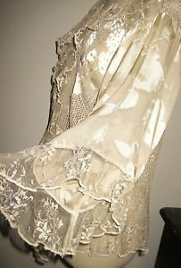 Spencer Alexis Size M Top Gold Color Lace Sparkly Evening Festive Embellished