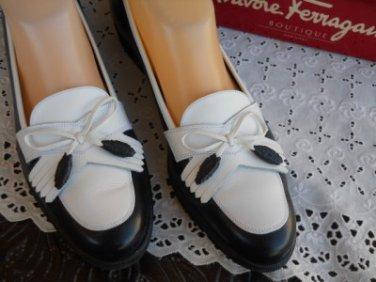 Salvatore Ferragamo Shoes 9.5 3A Navy Blue White Loafers Calf Leather EUC