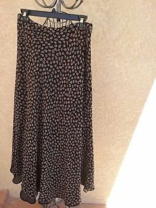 Charter Club Silk Skirt Size 10 Floral Black Pink Gray Flowers Lined Gently Used