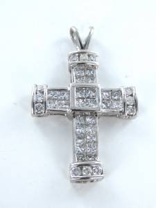 14K KARAT WHITE GOLD PENDANT 2.0 DWT CHARM 18 DIAMOND CROSS  RELIGIOUS JEWELRY