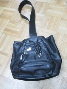 Women's Tumi Leather Cross Body Handbag Black comes with dust bag purse handbag