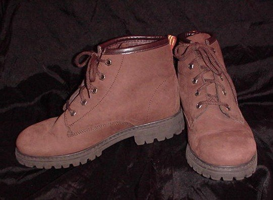 EXCELLENT! Milk CHOCOLATE Brown -= NINE WEST =- Leather BOOTS Women's Size 8.5 ~ 8 1/2!