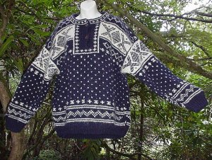 """100% WOOL NEPAL Navy and Cream SOFT and THICK Ski Sweater! L ~ XL up to 42"""" Chest!"""