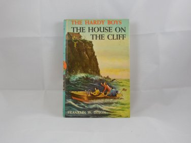 THE HOUSE ON THE CLIFF - 1959 - HARDY BOYS HARDCOVER