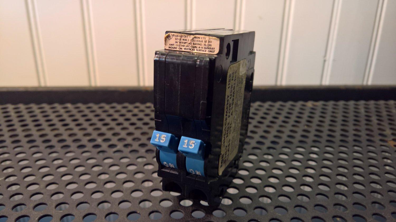 Murray MM Tandem Circuit Breaker (MM1515) 15Amp 240Volt 2Pole 10kA *USED*