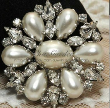 White Faux Pearl Crystal Rhinestone Wedding Dress Belt Bridal Round Brooch Pin