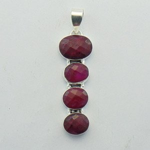 Very  Nice Lovely 925 Silver Jewelry Pendant Studded With RUBY  P-99L5