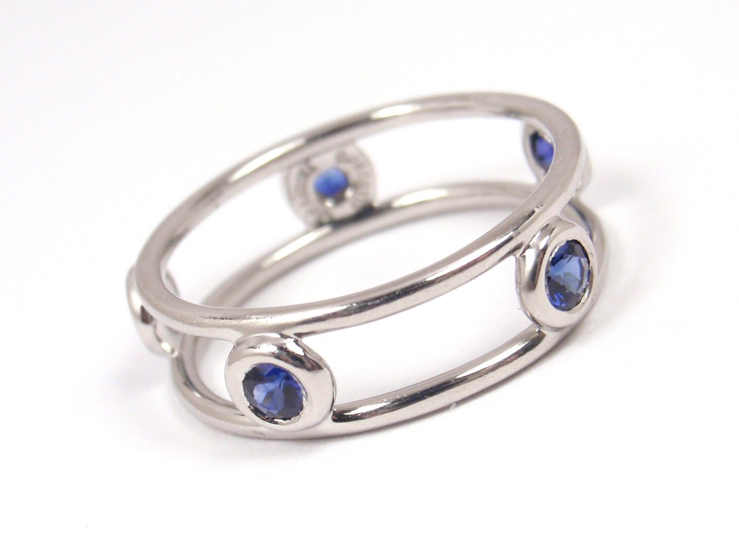 Tiffany & Co Peretti Platinum Color By the Yard Double Wire Blue Sapphire Ring Size 5-1/4