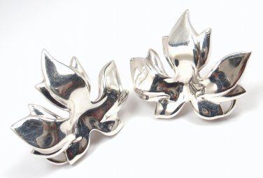 Rare Vintage Tiffany & Co Sterling Silver LARGE Maple Leaf Earrings w/pouch