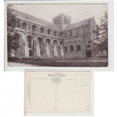 Hampshire   Postcard Winchester Cathedral S.W. Showing Butresses. Mauritron Item No. 90