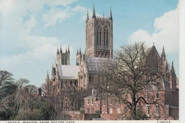 Lincoln Minster from Potter Gate  Postcard. Mauritron PC395-213587