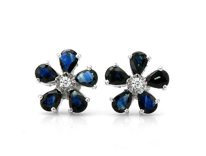 Natural sapphire flower shape stud sterling silver earrings