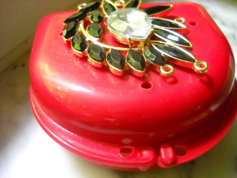 Bling Denture Red Case Black Gem Jewelry Pretty Woman Partial Bridge Retainer