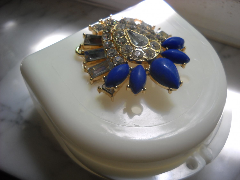 Art deco Denture Case Gem Jewelry Woman Partial Bridge Retainer white blue stone