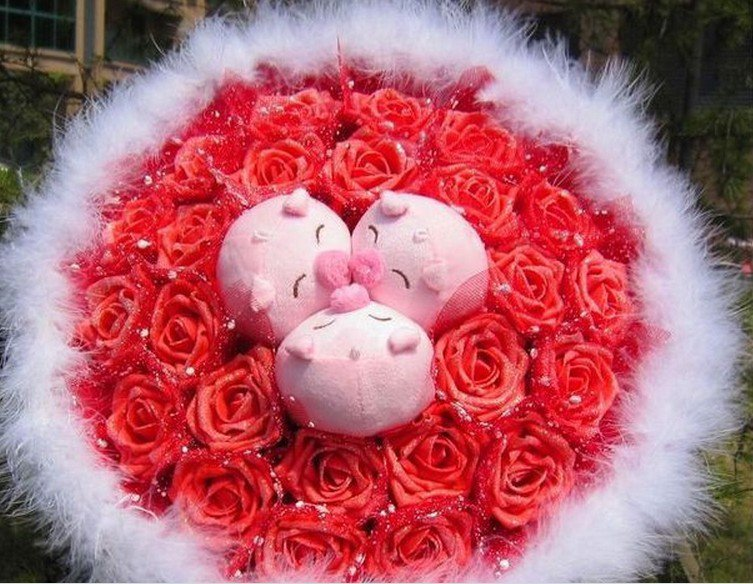 New Romantic Pig Bouquet for Wedding,Valentine, Birthday Gift- Red