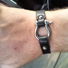 Leather bracelet with anchor shackle