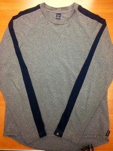 ABERCROMBIE & FITCH gray grey/navy shoulder stripe stretch l/s shirt mens XL