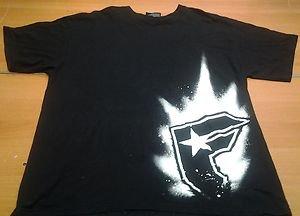 FAMOUS SAS black tee shirt mens XL