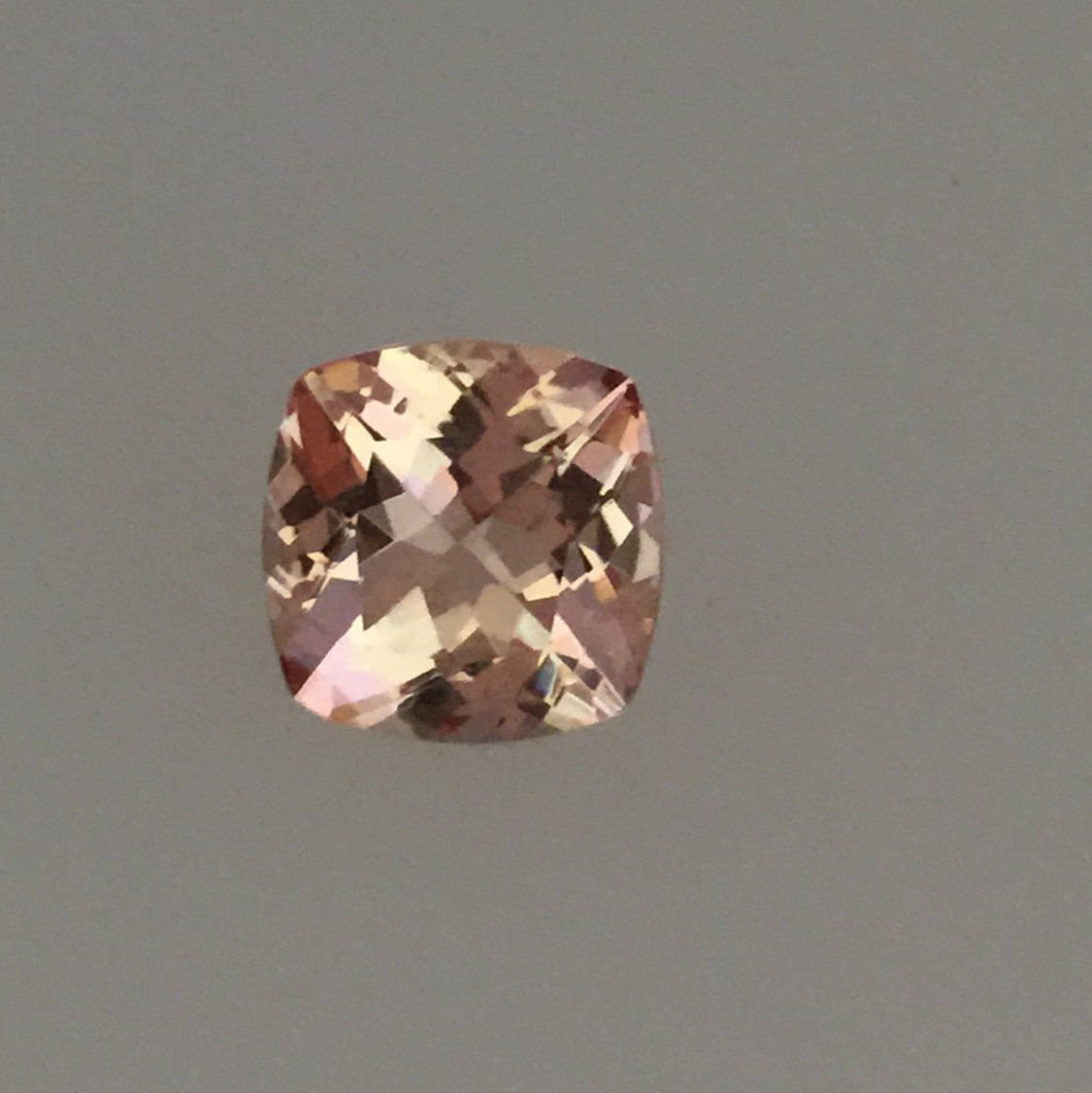Natural Morganite 10mm Cushion  Faceted Cut 1 Piece Top Quality Peach Color Loose Gemstone