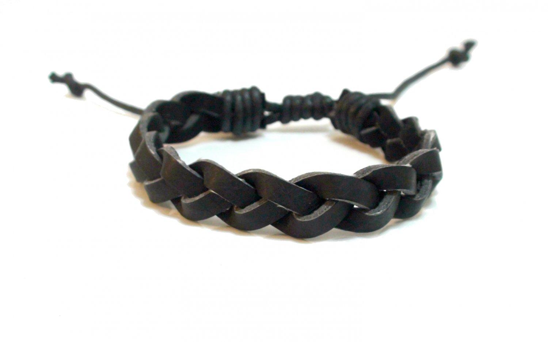 Fashion Twist Weave Leather Bracelet (Black)