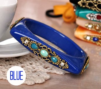 Square Shaped Rhinestone Bangle Bracelet (Blue)