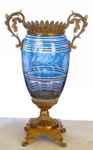 ITALIAN CRYSTAL BLUE PINK VASE WITH ANTIQUE BRASS AND BRONZE