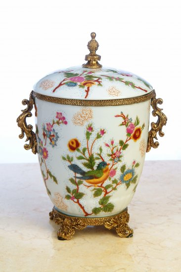 PORCELAIN FLORAL JAR WITH LID AND ANTIQUE LOOK SOLID BRASS
