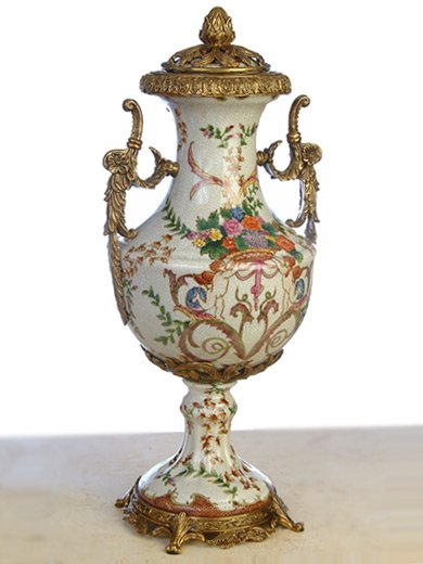PORCELAIN ANTIQUE HAND PAINTED BABY ANGLES URN WITH LID