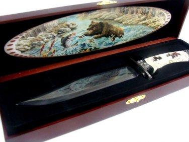 Fixed Blade Bear Knife in Wood Box Display NEW