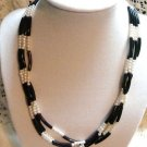 Avon Vintage BLACK & WHITE 3 STRAND NECKLACE Market !
