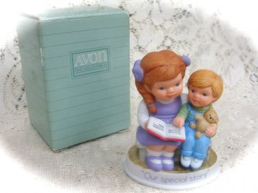 "Avon Tender Memories   Porcelain Figurine""Our Special Story"""
