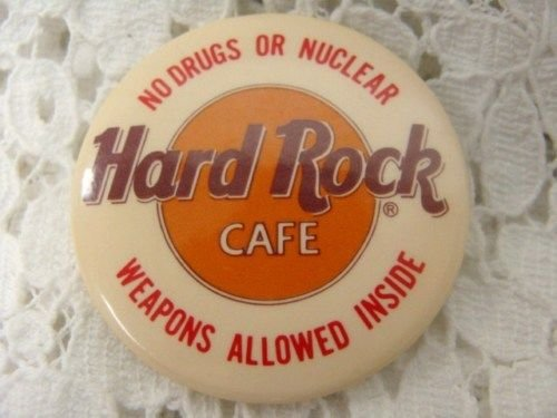 L@@K! HARD ROCK CAFE COLLECTIBLE BUTTON PIN PENDANT