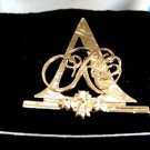 Avon Goldtone Rose Circle Club Brooch Pin 1993-1994