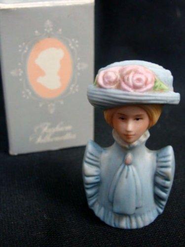 Avon American 1982 Fashion Women Lady Blue Hat Thimble w/ Box