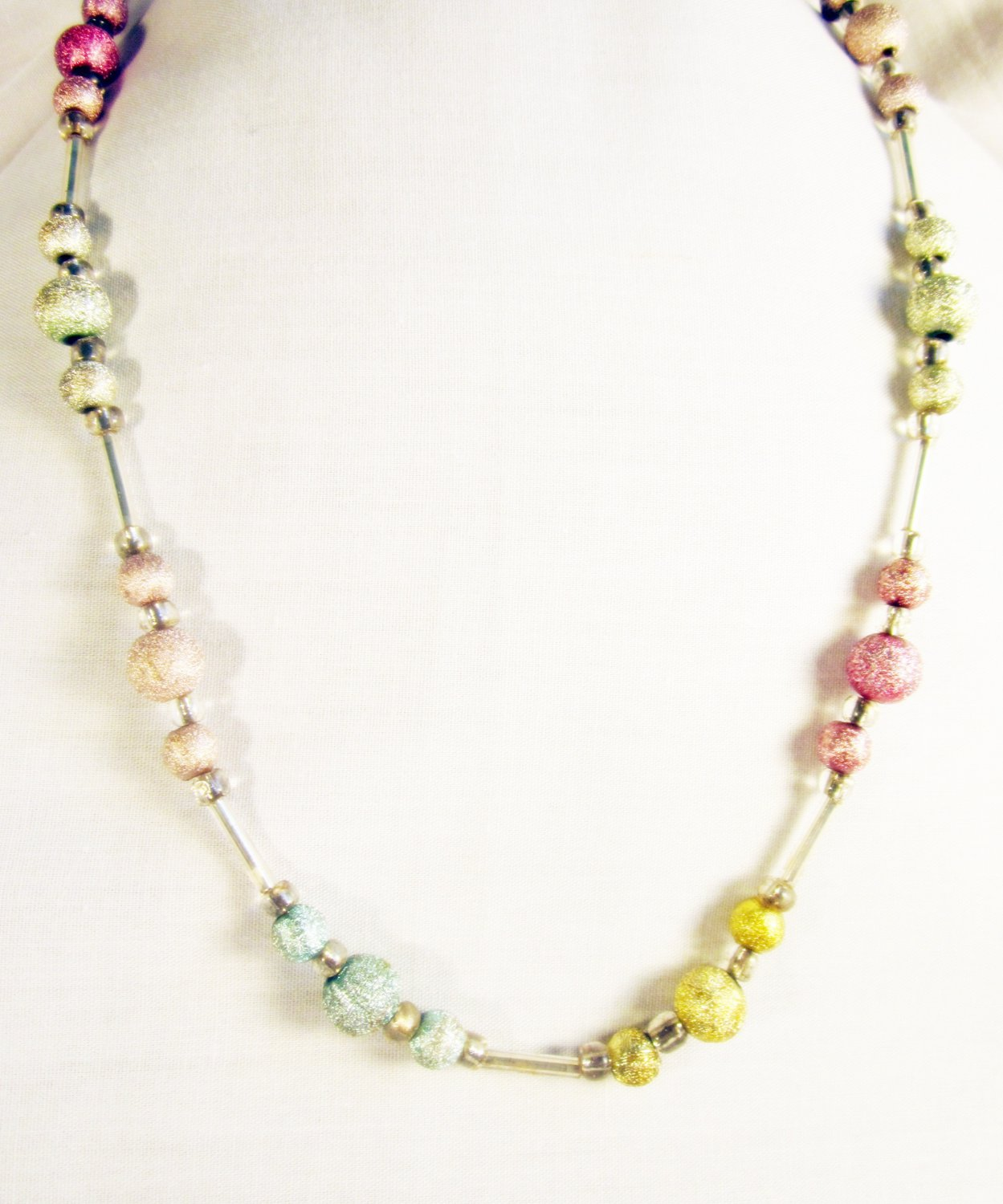N5 - pastel beaded necklace