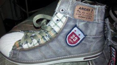 Green shell toe denim sneaker shoe Mens Green High Top Canvas sneaker shoe 10US