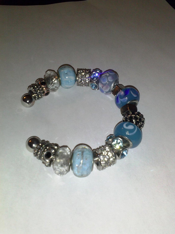 Multi-Blue Glass Bead Bracelet