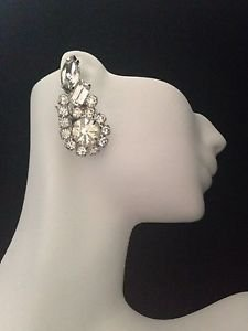 Stunning  Vintage Clear Rhinestone Earrings