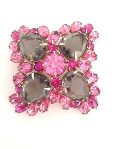 Unsigned Schreiner Vintage Domed Rhinestone And Glass Brooch