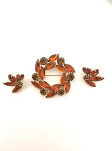 Weiss Vintage  Pin / Brooch & Earrings